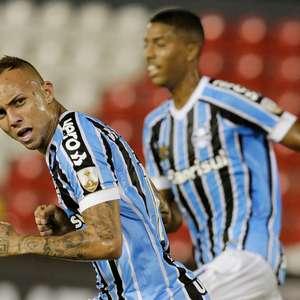 Grêmio derrota Libertad e pula para segundo lugar no Grupo H
