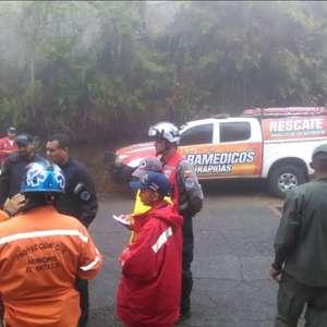 Helicóptero do Exército cai em Caracas e mata ao menos 3