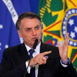 Bolsonaro volta a chamar manifestantes de 'idiotas úteis'