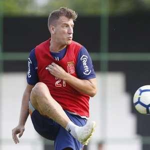 Argentino Maxi López pede rescisão do contrato com o Vasco