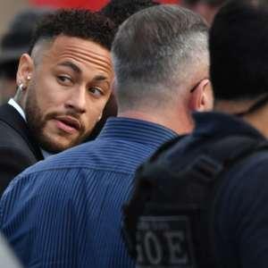 PSG recusa 1ª oferta do Barça por Neymar e 'esfria' negócio