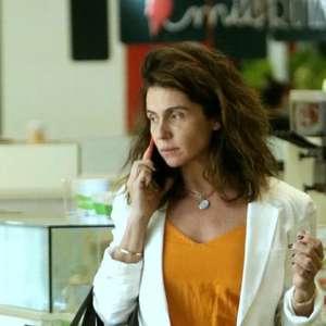 """Giovanna Antonelli passeia de """"cara limpa"""" em shopping"""