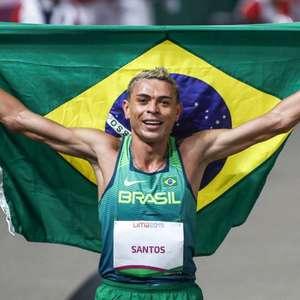 Altobeli Santos é medalha de ouro nos 3.000m com barreiras