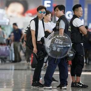 """China diz que manifestantes são como """"terroristas"""""""