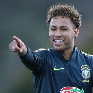 Neymar e Bruno Henrique devem ser as novidades na Seleção