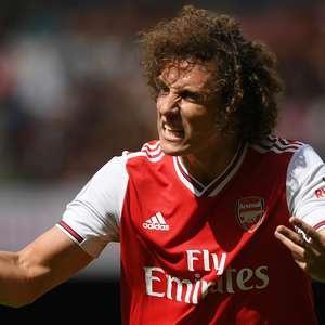 David Luiz vibra com vitória em estreia pelo Arsenal e ...