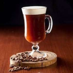 Aproveite o frio com uma receita de Irish Coffee