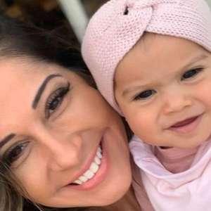 Sophia, filha de Mayra Cardi e Arthur Aguiar, exibe 1º ...