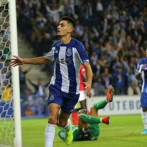 Porto vence Santa Clara na estreia da Taça da Liga