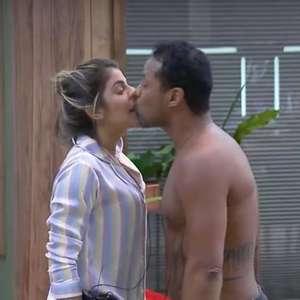 """Phellipe sobre beijo forçado: """"Estava carente e deu vontade"""""""