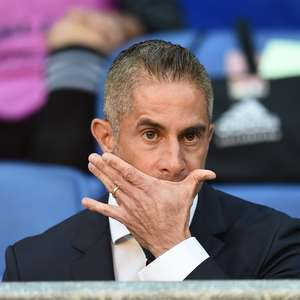 Sylvinho é demitido do Lyon após pior início em 24 anos