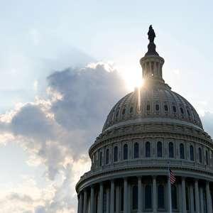 Após recesso, democratas avançam impeachment de Trump