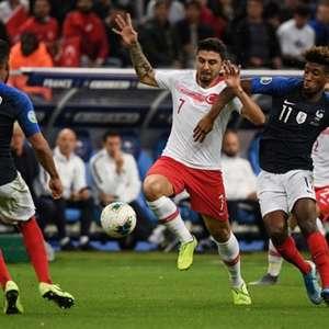 França empata com a Turquia pelas Eliminatórias da Euro
