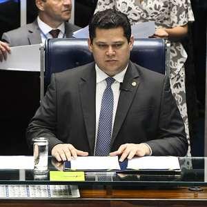 Alcolumbre tenta atrasar votação de PEC da 2ª instância