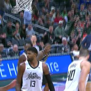 NBA: Monstruosa enterrada de Giannis diante do Clippers