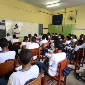 Brasil desacelera no IDH e empata com a Colômbia