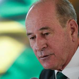 "Ministro exalta golpe de 64: ""Marco para a democracia"""