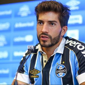 Lucas Silva chega ao Grêmio e faz análise de sua carreira