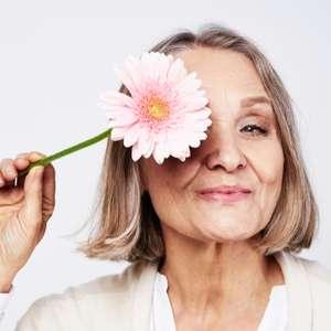 Fazer menos sexo pode levar a menopausa precoce, diz estudo