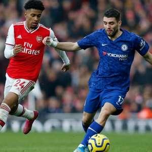 Chelsea e Arsenal fazem clássico de Londres no Inglês ...
