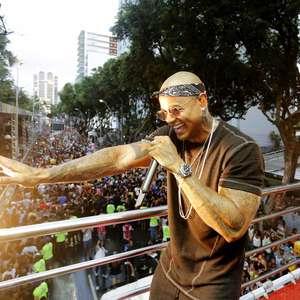 Léo Santana descarta crise no axé: 'Acredito no potencial'