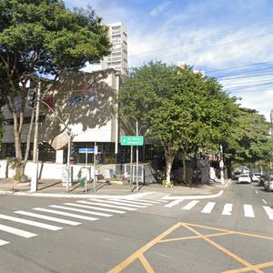 Dois são baleados durante passagem de bloco em Pinheiros