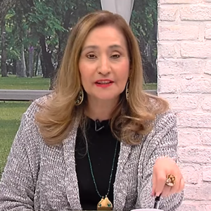 Em meio à crise, Sônia Abrão segue na liderança de ...