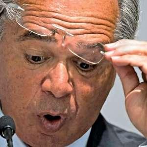 Guedes se junta a Moro na defesa da estratégia de Mandetta