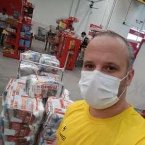Vôlei Guarulhos faz doação de 510 kg de alimentos