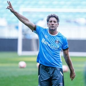 Renato Gaúcho permanece em isolamento e fica fora dos ...