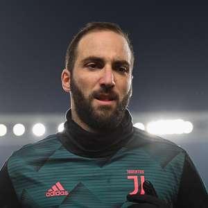 Higuaín emagreceu na quarentena e voltou à Juventus ...