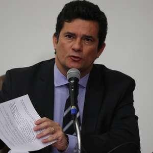 Celso de Mello rejeita notícia-crime contra 'pensão' de Moro