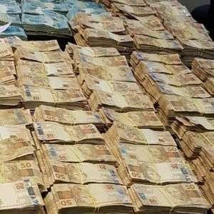 MP acha mais de R$ 6 milhões em endereços de Edmar Santos