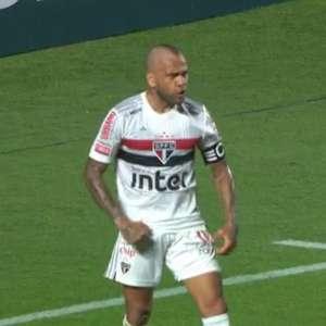 Com gol de Daniel Alves, São Paulo vence o Fortaleza de Ceni