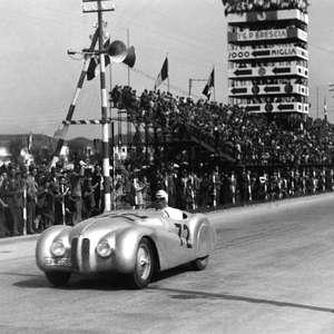 Mille Miglia: a história do BMW 328 que ganhou em 1940