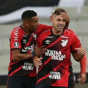 Athletico terá 11 desfalques para encarar o Palmeiras