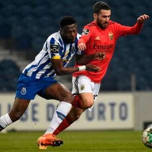 Em jogo disputado e marcado por faltas, Porto e Benfica ...