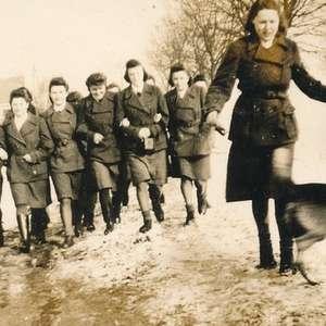 Nazismo: as mulheres comuns que viraram torturadoras da ...