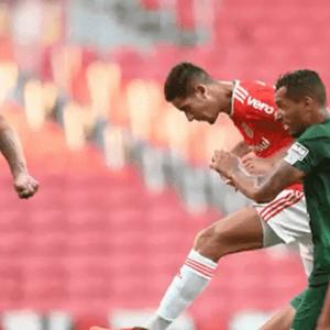 Praxedes vê Inter com 'obrigação' de vencer o Corinthians