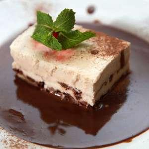 Reaproveite as sobras de chocolates em novas sobremesas