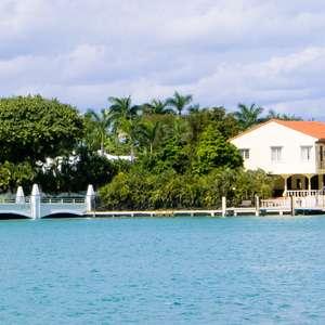 De Shakira a Ricardo Teixeira, veja quem tem mansão em Miami