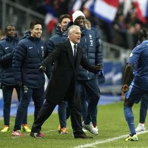 Franceses citam frase de Napoleão e prometem samba na ...