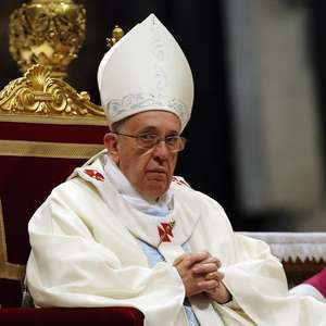Papa doa R$ 11,7 milhões para ajudar no pagamento de ...