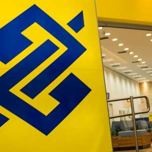 Banco do Brasil abre concurso com salário de R$ 2.227,26