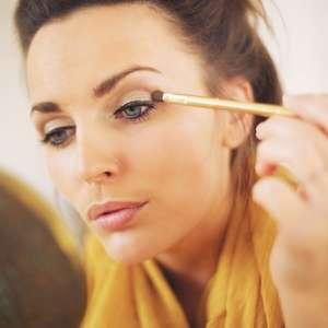 Pigmento deixa a maquiagem poderosa; saiba usar