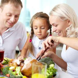 Saiba quanto tempo deve durar a refeição das crianças