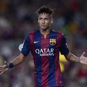 """Após declaração polêmica, Dunga vê Neymar como """"referência"""""""