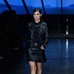 Riachuelo lança coleção de Lagerfeld com Isabeli e muvuca