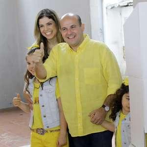 Roberto Cláudio e Capitão Wagner adiam decisão em Fortaleza