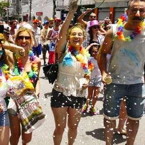 Carnaval é feriado? Conheça os direitos do trabalhador